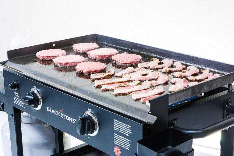 Blackstone 28 inch Outdoor Flat Top Gas Grill Griddle Station - 2-burner - Propane Fueled - Restaurant Grade - Professional - Best Gift Ideas for Men