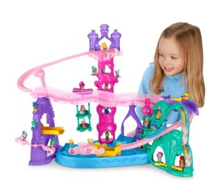 Fisher-Price Nickelodeon Shimmer & Shine, Teenie Genies Magic Carpet Adventure Playset - Best Toys for Girls