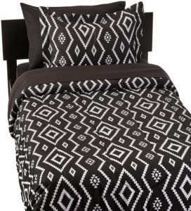 AmazonBasics 5-Piece Bed-In-A-Bag - Twin-Twin Extra-Long, Black Aztec