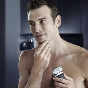 Braun Series 7 790cc Cordless Electric Foil Shaver for Men with Clean and Charge Station - Gift for Him