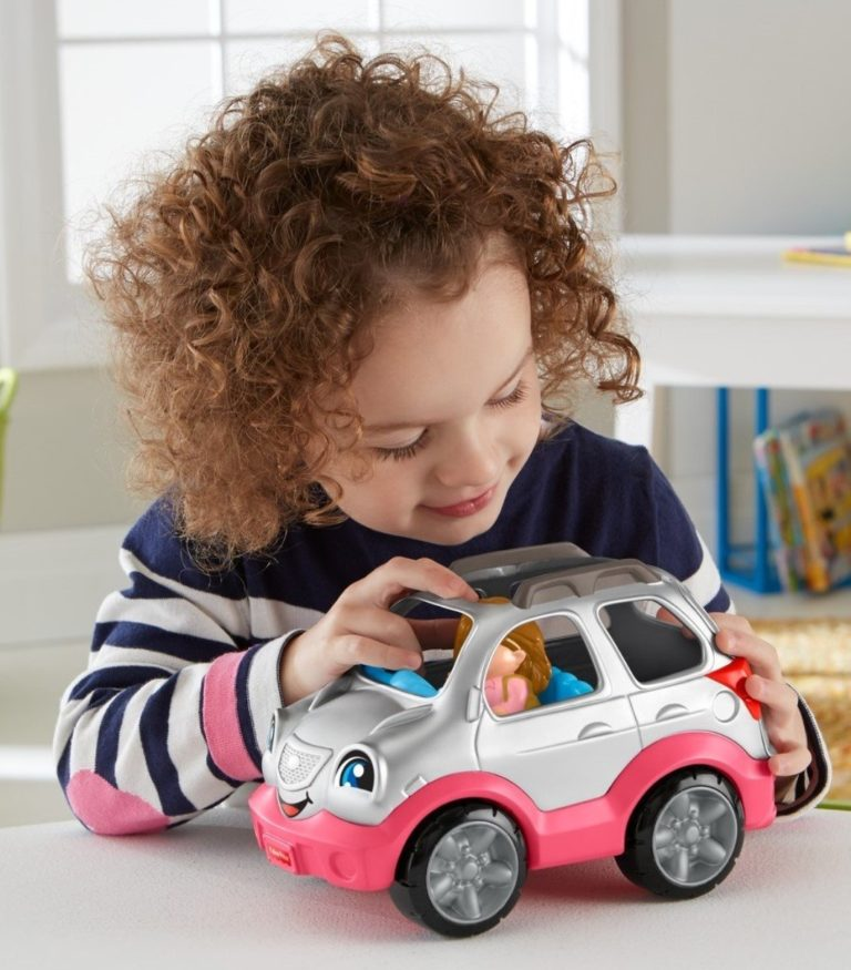 gift ideas for girls - Fisher-Price Little People SUV