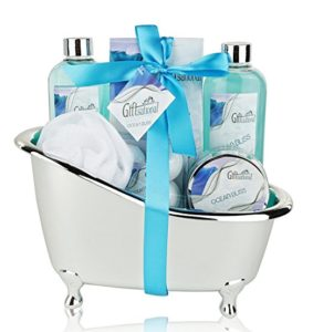 Spa Gift Basket with Refreshing Ocean Bliss Fragrance, Best Gift for Women, Shower Gel Bubble Bath